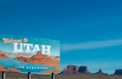 explore south west utah with dog